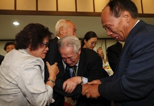 Hai miền Triều Tiên nhất trí tổ chức thêm cuộc đoàn tụ trong năm nay