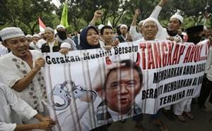 Hàng chục nghìn người Hồi giáo đòi Thị trưởng Jakarata từ chức