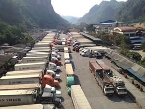 Hàng hóa nhập khẩu giảm tại các cửa khẩu Lạng Sơn