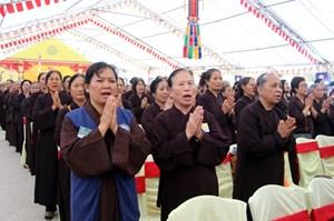 Hàng vạn người dự Đại lễ cầu siêu các nạn nhân tử vong vì TNGT