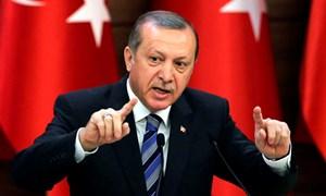 Hành trình thoát hiểm ngoạn mục của Tổng thống Thổ Nhĩ Kỳ