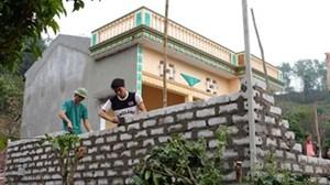 Hậu Giang:  200 hộ nghèo được vay vốn để xây mới, sửa chữa nhà cửa