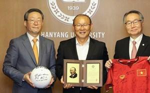 HLV Park Hang Seo được vinh danh ở quê nhà