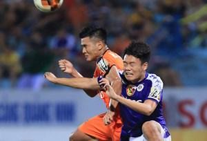 HLV Park Hang-seo gọi người thay thế Đình Trọng dự King's Cup