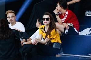Hồ Ngọc Hà xuất hiện giản dị tại buổi tổng duyệt đêm chung kết VNTM All Stars 2017