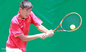 Hoàng Nam chiến thắng cùng tay vợt Trung Quốc
