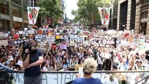 Học sinh Australia tuần hành chống biến đổi khí hậu