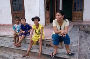 Học sinh làng biển trước ngày tựu trường