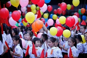 Học sinh tỉnh Hòa Bình tựu trường sớm nhất là ngày 13/8