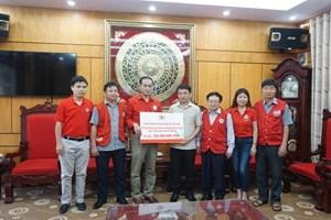 Hội Chữ thập đỏ Việt Nam cứu trợ người dân bị ngập lụt huyện Chương Mỹ