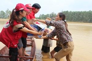 Hội Chữ thập đỏ VN vì người dân vùng lũ