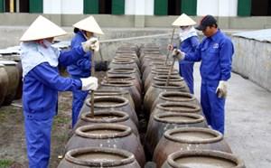 Hồi phục thị trường nước mắm truyền thống