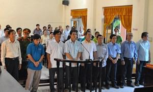 Hơn 30 năm tù cho 10 cựu cán bộ hải quan Kiên Giang