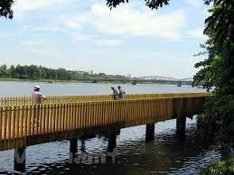 Huế đưa vào sử dụng tuyến đường đi bộ dọc sông Hương