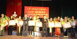 Hưng Yên trao tặng danh hiệu cho 15 Nghệ nhân ưu tú