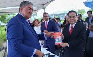 Kết nối những trái tim Việt Nam - Dominica