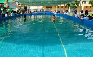 Khai trương 2 hồ bơi di động trong trường học ở Sóc Trăng