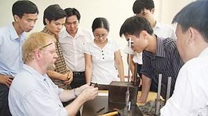 Khi nào lao động nước ngoài làm việc ở Việt Nam phải tham gia BHXH?