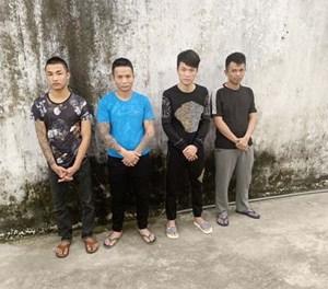 Khởi tố, bắt tạm giam 4 đối tượng bắt giữ người trái pháp luật