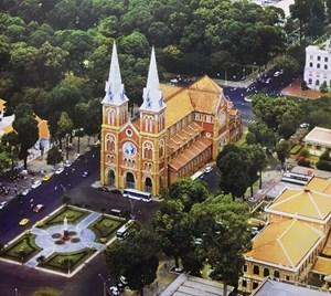 Kiến trúc nhà thờ trong lòng thành phố