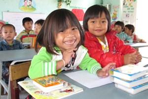 Kon Tum: Nỗ lực đưa học sinh vùng khó tới trường