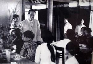 Kỷ niệm 110 năm Ngày sinh Tổng Bí thư Lê Duẩn (7/4/1907-7/4/2017): Sống với nhân dân