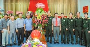 Lãnh đạo tỉnh Kon Tum thăm và chúc mừng ngày thành lập Quân đội nhân dân Việt Nam