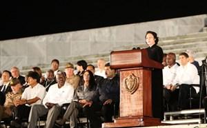 Lãnh tụ Fidel Castro sẽ sống mãi trong trái tim các dân tộc anh em trên thế giới