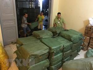Lào Cai: Bắt giữ vụ vận chuyểntrái phép hơn 2 tấn hàngđông lạnh qua biên giới