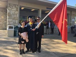 Lê Quang Liêm tốt nghiệp hạng xuất sắc ở Đại học Webster
