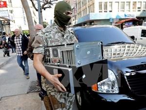 Liban: 5 phiến quân đánh bom liều chết làm 7 lính bị thương