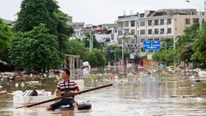 Lũ lụt đe dọa châu Á