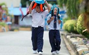 Malaysia đóng cửa hàng trăm trường học vì nắng nóng
