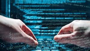 Mạng máy tính của Chính phủ Ukraine đã bị tấn công mạng