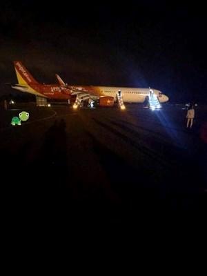Máy bay gặp sự cố, 207 hành khách thoát hiểm một cách ngoạn mục