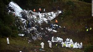 Máy bay rơi ở Colombia vì… hết xăng?