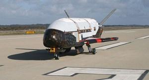 Máy bay tuyệt mật của Không quân Mỹ bất ngờ xuất hiện ở Hà Lan