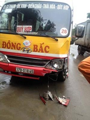 Một Bí thư xã bị xe buýt đâm tử vong