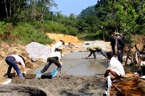 MTTQ Việt Nam tham gia thực hiện quy chế dân chủ ở cơ sở: Giải quyết kịp thời những băn khoăn của nhân dân