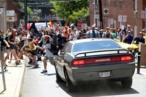 Mỹ: Bang Virginia ban bố tình trạng khẩn cấp do làn sóng bạo lực