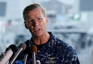 Mỹ sa thải Tư lệnh Hạm đội 7 sau vụ chiến hạm bị đâm