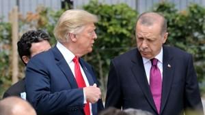 Tổng thống Mỹ miễn cưỡng trừng phạt Thổ Nhĩ Kỳ