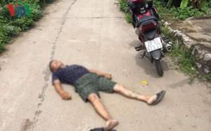 Nam thanh niên tử vong bất thường trên đường