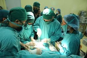 Nang ống mật ở bệnh nhi và cơ hội phẫu thuật nội soi một lỗ