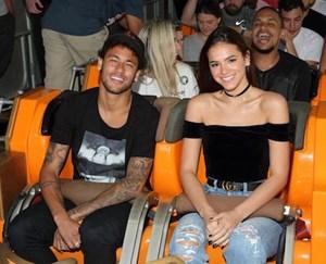 Neymar sắp 'yêu lại từ đầu' với chân dài nóng bỏng Bruna Marquezine?