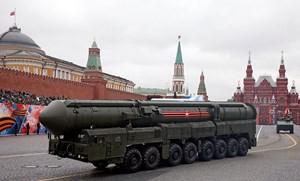 Nga phô trương sức mạnh trong lễ diễu binh mừng Ngày Chiến Thắng