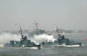Nga triển khai tàu chiến gần Crimea