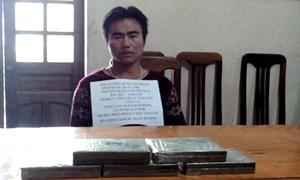 Nghệ An: Bắt vụ vận chuyển 5 bánh heroin vượt biên
