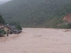 Nghệ An: Đã có người chết trong bão số 4