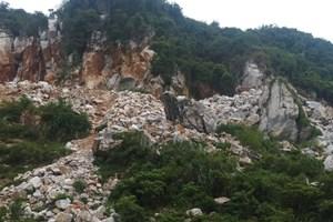 Nghệ An: Khai thác đá trái phép tại bản Đan